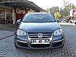 MODEL OTOMOTİV DEN 2011 VOLKSWAGEN JETTA 1.6 TDİ Trendline Volkswagen Jetta 1.6 TDi Trendline - 3977831