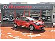 RUŞAN OTOMOTİV Ateş Kırmız 2014 Clio 1.2 Turbo İcon 120 hp EDC Renault Clio 1.2 Turbo Icon - 2585413
