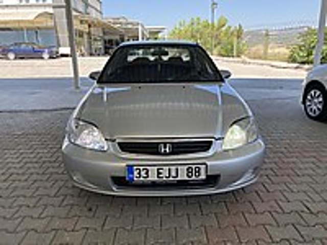 Fatih den 2000-Honda-Civic-Sedan-1.6i ES-MANUEL-194BinKM Honda Civic 1.6 i ES