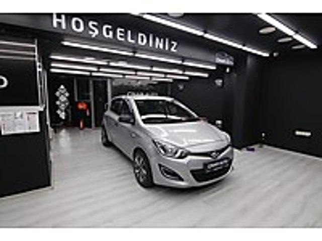 ÇINAR AUTO DAN 2013 ÇELİK JANTLI TERTEMİZ İ 20 Hyundai i20 1.4 CRDi Jump