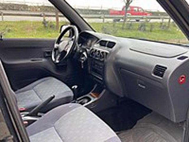 2007 MODEL 4x4 DAİHATSU TRİEOS 150.000 KMDE Daihatsu Terios 1.3