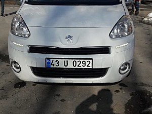 PEUGEOUT PARTNER TEPEE 1.6 HDI ACTİVE 89100 KM