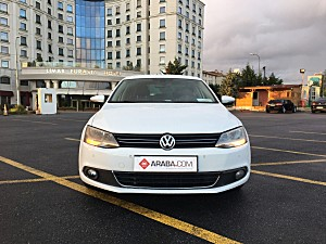 2014 Model 2. El Volkswagen Jetta 1.4 TSi Highline - 103000 KM