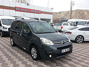 SEVINCOGLU OTOMOTIVDEN 2016 MODEL CITROEN BERLINGO 1.6 SELECTION CAM TAVAN 92 LIK EN FULL PAKET