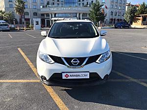 2015 Model 2. El Nissan Qashqai 1.2 DIG-T Visia - 110000 KM