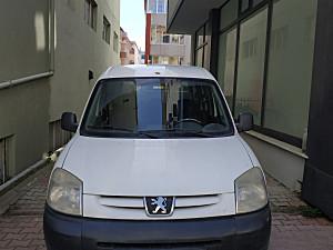 2008 Model 2. El Peugeot Partner 1.9 D Kombi - 260000 KM