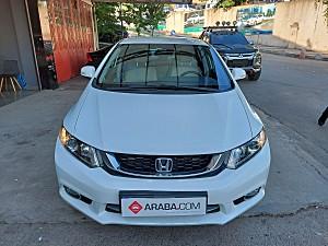 2015 Honda Civic 1.6i VTEC Eco Elegance - 78000 KM