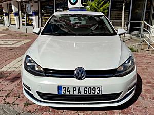 2015 MODEL VW GOLF 1.6 TDI COMFORTLİNE DSG HATASIZ BOYASIZ HASARSIZ İÇİ BEJ FAR YIKAMA MEVCUTTUR 109.000 KM DE