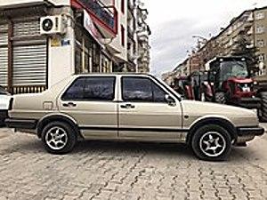 86 MODEL JETTA 206 BİNDE ORJİNAL MASRAFSIZ Volkswagen Jetta 1.8 GL