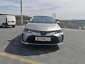2020 Model 2. El Toyota Corolla 1.8 Hybrid Dream - 8000 KM