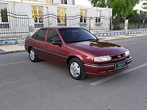 1995 VECTRA 2.0 GLS ÇOK TEMİZ BİR ARAÇ