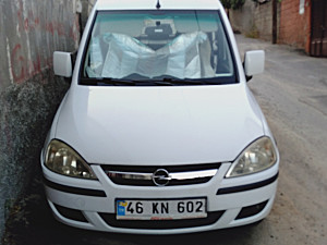 OPEL COMBO 1.3 CDTİ CİTY PLUS  KM 93.000
