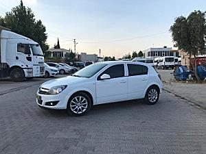 OPEL ASTRA H 2011