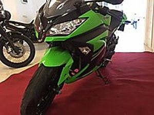 Point den Hatasız ve çiziksiz  ıxıl eksoz Kawasaki Ninja 300