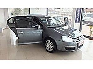 SUR DAN 2011 MODEL JETTA 1.6 TDI GERI GORUS GENIS EKRAN Volkswagen Jetta 1.6 TDi Primeline