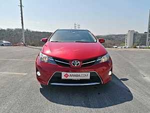 2013 Model 2. El Toyota Auris 1.4 D-4D Active Skypack - 161200 KM