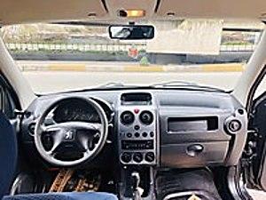 CAHİT OTOMOTİV DENI Full bakımlı görülmeye değer temizlikte Peugeot Partner 1.9 Kombi