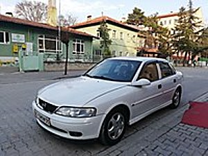 YAMAN OTO GALERİDEN HATASIZ VECTRA Opel Vectra 1.6 Comfort