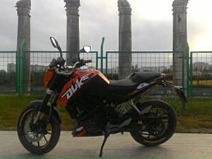 KTM DUKE200