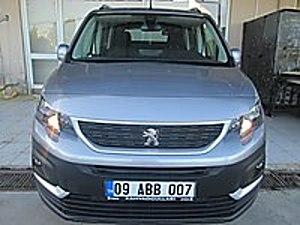 GÜLEN OTOMOTİVDEN 2019 MODEL 5900 KM DE HATASIZ SKYPACK RİFTER Peugeot Rifter 1.5 BlueHDI Active SkyPack