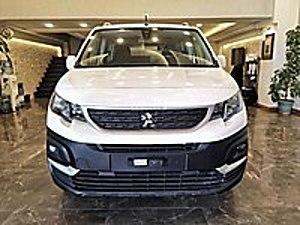 İstanbul Oto İstoç tan- 2019 SIFIR KM  18 FATURALI Peugeot Rifter 1.5 BlueHDI Active