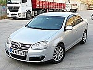 2009 DEĞİŞENSİZ 3 BOYALI H. KAYITSIZ DSG OTO. VİTES 102 LİK JET Volkswagen Jetta 1.6 Midline
