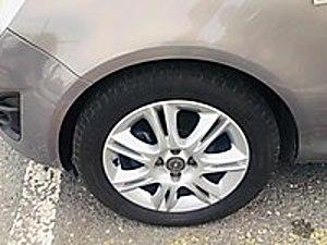 YENİ KASA EKRANLI KAMERALI ÖZEL RENK SIFIR AYARINDA Opel Corsa 1.4 Twinport Active