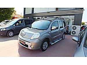 SUR DAN 2011 MODEL KANGO 1.5 DCI CHROMLINE BAKIMLI MASRAFSIZ Renault Kangoo Multix Kangoo Multix 1.5 dCi Chromline Edition