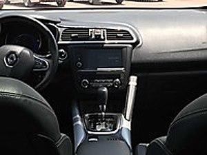 2015 ICON CAM TAVAN 62 BİNDE  Renault Kadjar 1.5 dCi Icon