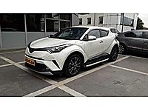 Sadece 9 bin kilometre de Toyota C-HR Hybrid. Boyasız. Hatasız. Toyota C-HR C-HR 1.8 Hybrid Diamond Premium
