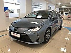 KAR TOYOTA YETKİLİ BAYİ DEN COROLLA 1.8 HYBRİD FLAME X-PACK Toyota Corolla 1.8 Hybrid Flame X-Pack
