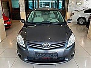 BOYASIZ 2011 TOYOTA AURIS 1.6 COMFORT EXTRA TAM OTOMATİK Toyota Auris 1.6 Comfort Extra