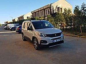 18 KDV Lİ PEJO RIFTER Peugeot Rifter 1.5 BlueHDI GT Line