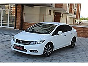Şahin Oto Galeri 2014 Honda Civic Premium Makyajlı kasa 49.oooKm Honda Civic 1.6i VTEC Premium