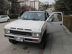 NISSAN TERRANO V6 - 1996