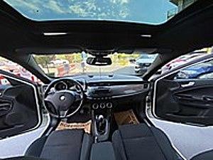 DS CAR DAN 2013 MODEL ALFA ROMEO GİULİETTA 1 6 DİZEL MANUEL Alfa Romeo Giulietta 1.6 JTD Distinctive