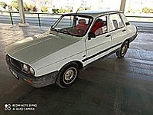 93 model temiz ve eksiksiz Renault R 12 Toros