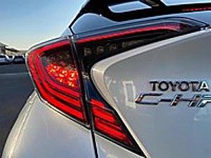 ROCCO MOTORS 2019 HATASIZ BOYASIZ C-HR HYBİRD  TSSLİ  OTOMATİK Toyota C-HR C-HR 1.8 Hybrid Dynamic