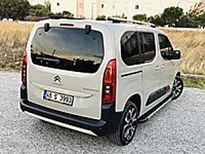 2020 BERLİNGO OTOMATİk SHİNE BOLD XTR CAM TAVAN DAHA DOLUSU YOK Citroën Berlingo 1.5 BlueHDI Shine Bold