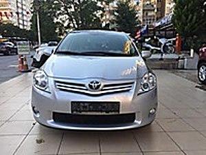SERVİS BAKIMLI ORJİNAL 96.000 KM DE TAM OTOMATİK ELEGANT Toyota Auris 1.6 Elegant