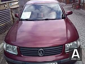 Volkswagen Passat 1.8 Basic