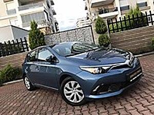 2017  TOYOTA  AURİS  1.33  LİFE  HATASIZ BOYASIZ  44.000KM DE Toyota Auris 1.33 Life