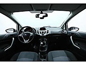GALERİ ATEŞDEN TAMAMINA YAKIN KREDİLİ FİESTA Ford Fiesta 1.4 TDCi Trend