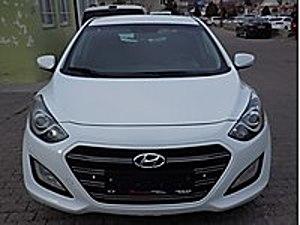 İ30 1.6 CRDİ OTOMATİK Hyundai i30 1.6 CRDi Style