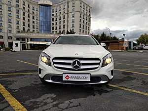 2014 Model 2. El Mercedes GLA 200 Urban - 84883 KM