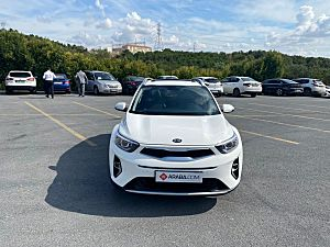 2021 Kia Stonic 1.4 MPI Elegance Konfor - 16 KM